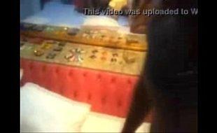 Corno grava a mulher dando pra dois negão ao mesmo tempo