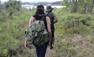 Leva amigas gostosas para acampar e faz um surubão com as vadias