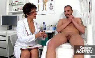Machão da pica dura vai ao hospital e médica coroa não resiste a uma foda